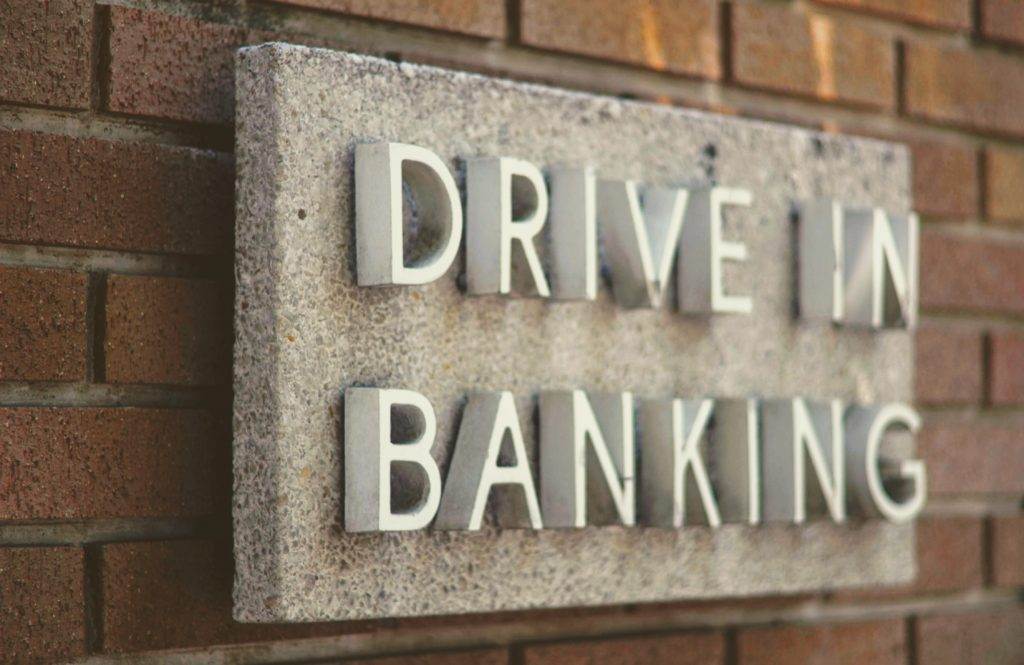 未利用口座管理手数料・口座維持手数料が徴収される対象の金融機関は?